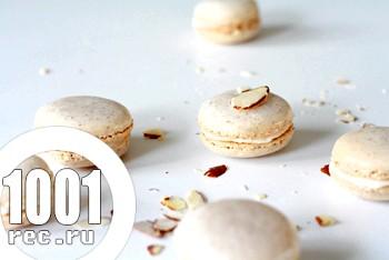 Білосніжні Macarons
