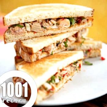 Бутерброди з тунцем та оливками