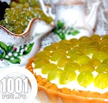 Швидкий торт з сиром і виноградом