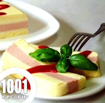 Десерт з білого шоколаду та малини