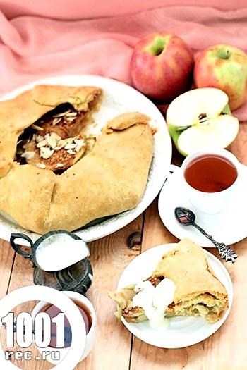 Галета з яблуками і крем англез