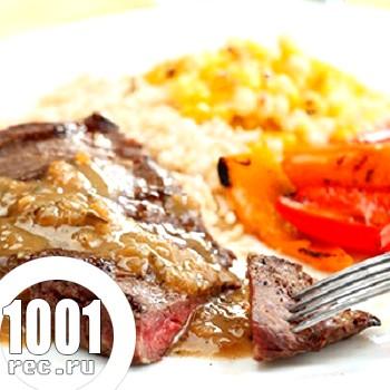 Фото - Рецепт яловичого стейка з грушами