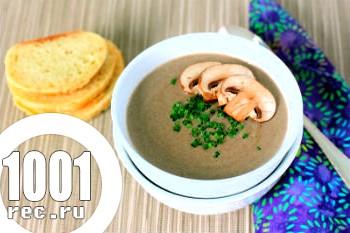 Грибний суп з печериць і курки