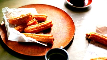 Іспанські пончики чуррос