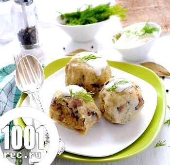 Картопляні кульки з грибною начинкою