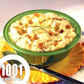 Картопля «толченка» з карамелізованими цибулею