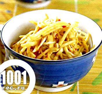 Корейська рецепт селери з морквою