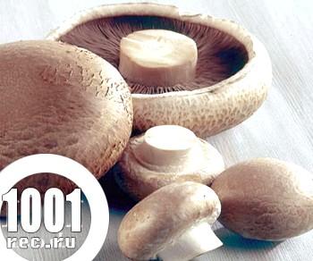 Курячий рулет з морквою і грибами