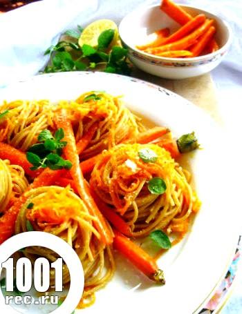 Макарони гнізда з овочами