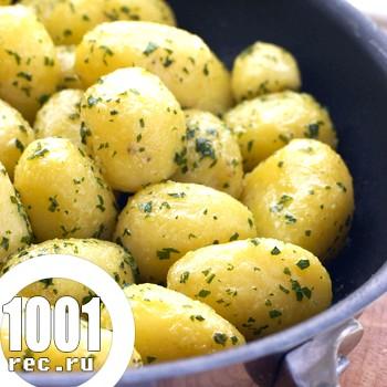Молода картопля по-українськи
