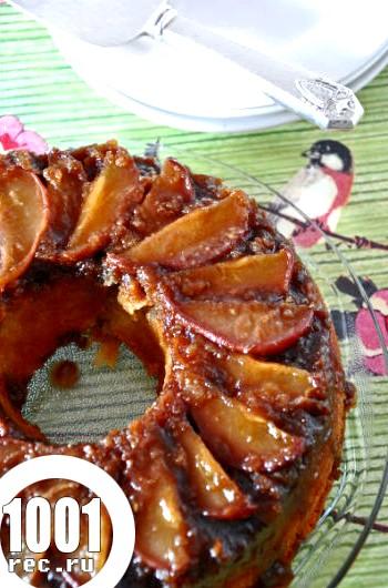 Рецепт шарлотки з грушами на сметані