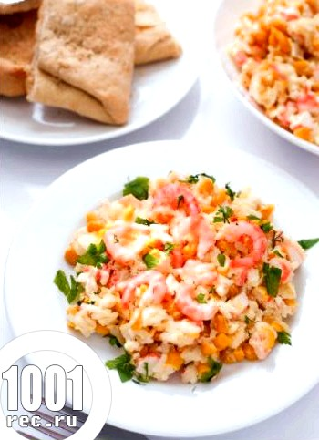Салат c креветками, крабовими паличками і зеленню