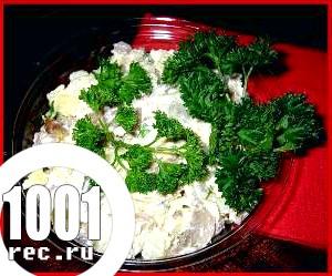 Салат з яблук і овочів «Баварія».