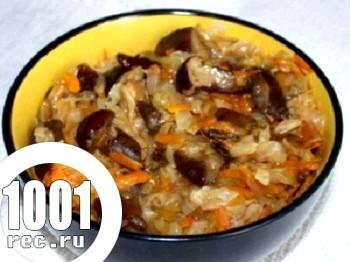 Салат з капусти і грибів на зиму