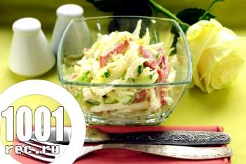 Салат з капусти з ковбасою