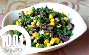 Салат з кукурудзи з квасолею та сухариками