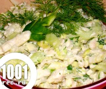 Салат з курки з капустою