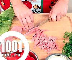 Салат з макаронів і шинки «Швидкий».