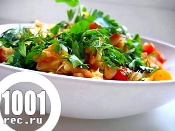 Салат з молодої капусти з болгарським перцем