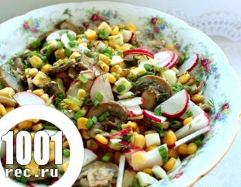 Салат з редису з кукурудзою