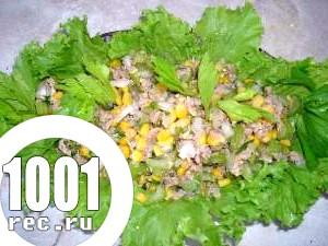 Фото - рецепт приготування Салат з риби та кукурудзи «Міраж».