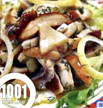 Салат з оселедця з грибами