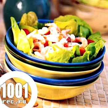 Салат з грушею і креветками