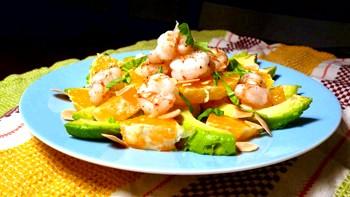 Салат з креветками і коньяком