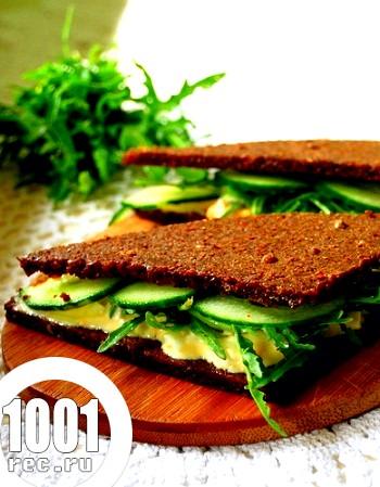Сендвічі і тости для пікніка