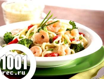 Вершковий соус з морепродуктами і брокколі