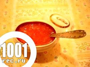 Соус з рослинної олії і томата.