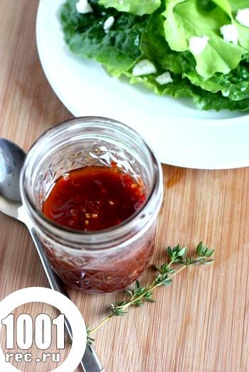 Соус вінегрет з в'ялених помідорів і чебрецю