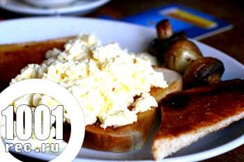 Старовинний яєчний бутерброд