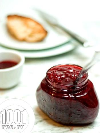Варення з вишні і полуниці