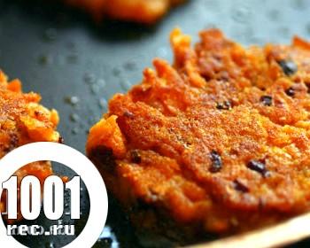 Вегетаріанські морквяні котлети без яєць
